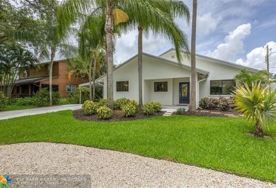 2119 Ne 1st Way Wilton Manors FL 33305