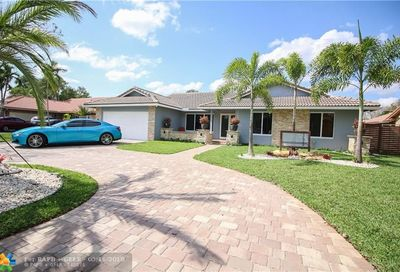 11043 NW 3rd St Coral Springs FL 33071