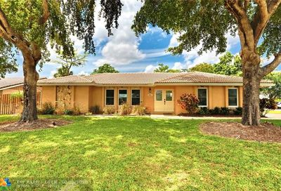 8751 Nw 19th St Coral Springs FL 33071