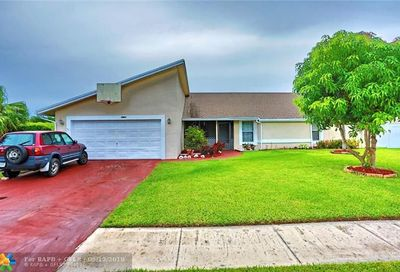 2921 NW 52nd Way Margate FL 33063