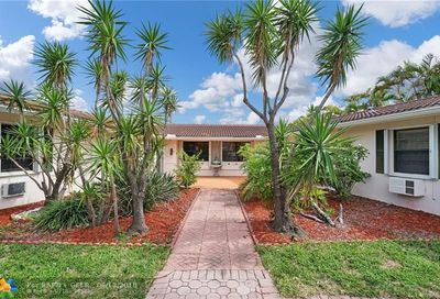 235-233 Hibiscus Ave Lauderdale By The Sea FL 33308