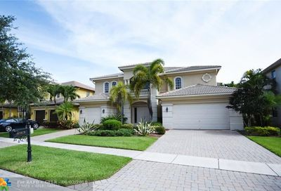 593 Edgebrook Ln Royal Palm Beach FL 33411