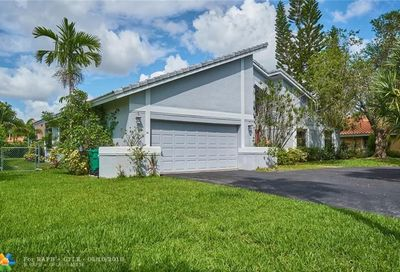 266 NW 119th Dr Coral Springs FL 33071