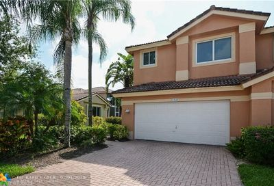 5747 NW 127th Ter Coral Springs FL 33076