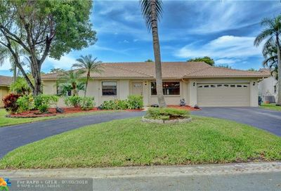 942 NW 110th Ave Coral Springs FL 33071