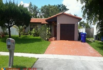 7529 SW 9th St North Lauderdale FL 33068