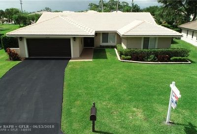 8442 NW 47th Dr Coral Springs FL 33067