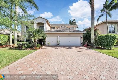 5992 NW 56th Dr Coral Springs FL 33067