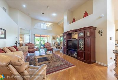 2969 Via Napoli Deerfield Beach FL 33442