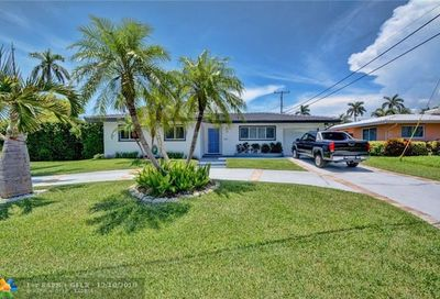 2798 NE 32nd St Lighthouse Point FL 33064