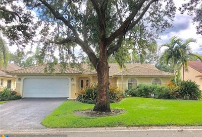 4866 NW 104th Ln Coral Springs FL 33076