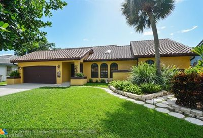 5163 NW 58th Ter Coral Springs FL 33067