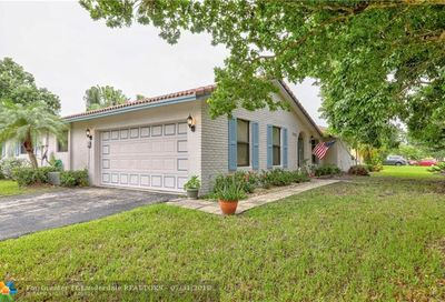 2802 NW 118th Dr Coral Springs FL 33065