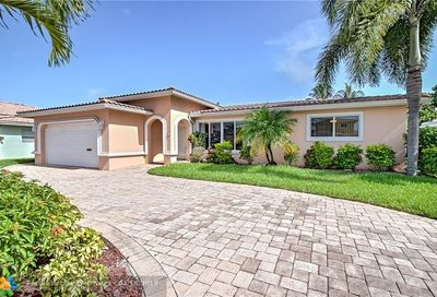 251 SE 12th St Pompano Beach FL 33069