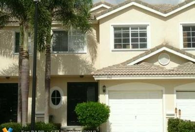5961 NW 47th Ter Coconut Creek FL 33073