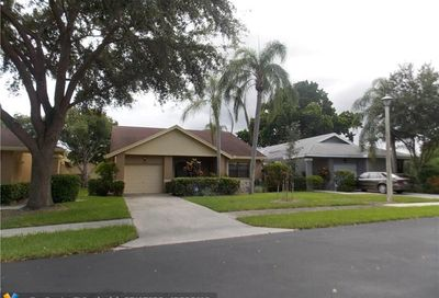 2679 Blue Sage Ave Coconut Creek FL 33063