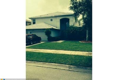 10826 NW 56th Ct Coral Springs FL 33076