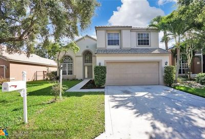 252 NW 117th Ave Coral Springs FL 33071