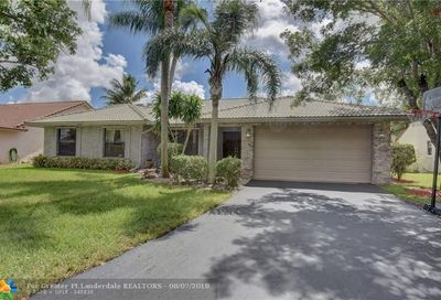 5125 NW 66th Dr Coral Springs FL 33067