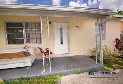629 Royal Palm Dr Lake Worth FL 33460