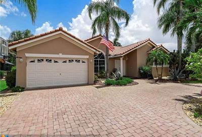 5333 N Springs Way Coral Springs FL 33076