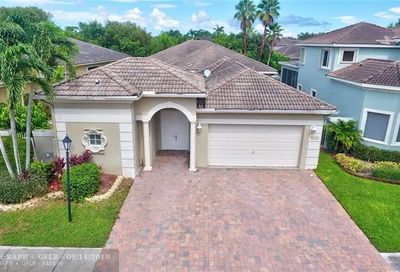 5843 NW 123rd Ave Coral Springs FL 33076