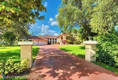9675 NW 39th Ct Coral Springs FL 33065