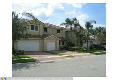 12555 NW 57th Pl Coral Springs FL 33076