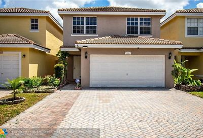 9294 NW 55th St Sunrise FL 33351