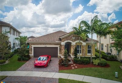 10290 Waterside Ct Parkland FL 33076