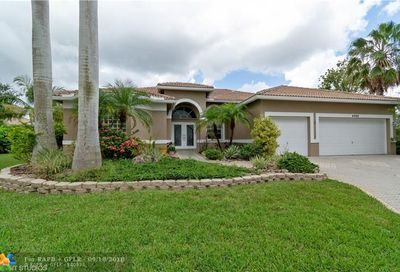 4989 NW 110th Ter Coral Springs FL 33076