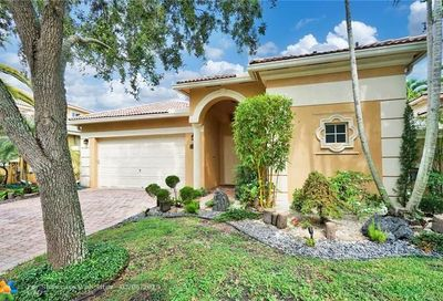 5882 NW 123rd Ave Coral Springs FL 33076