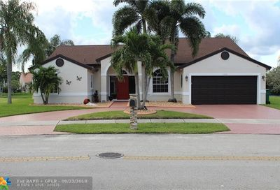 1455 SW 97th Way Davie FL 33324