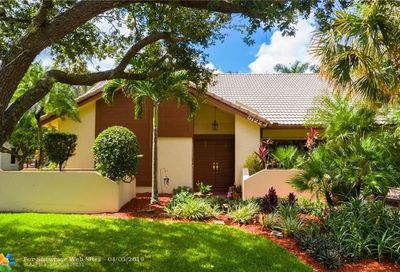 5122 NW 83rd Ln Coral Springs FL 33067