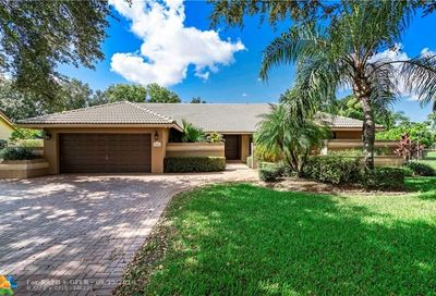 9166 NW 50th Ct Coral Springs FL 33067