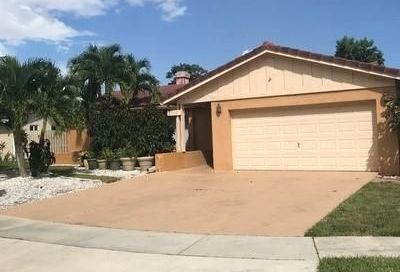 2501 NW 98th Way Coral Springs FL 33065