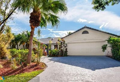 4771 NW 88th Ter Coral Springs FL 33067