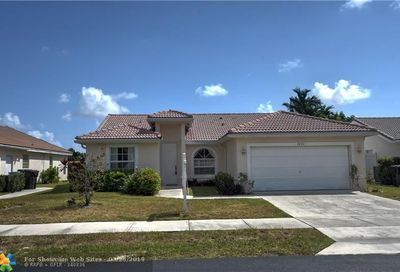 4426 NW 20th Ave Oakland Park FL 33309