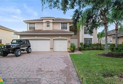 5801 NW 54th Cir Coral Springs FL 33067