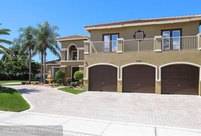 1066 SW 159th Way Pembroke Pines FL 33027