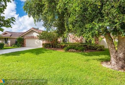 4018 NW 72nd Ave Coral Springs FL 33065