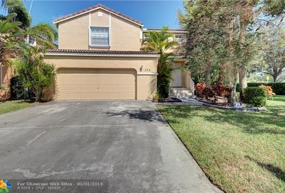 272 NW 118th Dr Coral Springs FL 33071