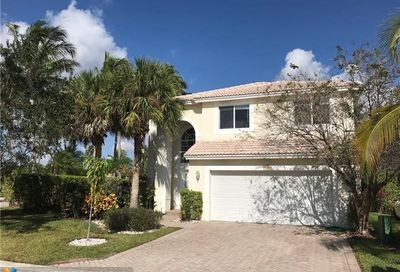 5450 NW 122nd Dr Coral Springs FL 33076