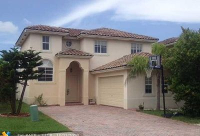 12127 NW 47th Mnr Coral Springs FL 33076