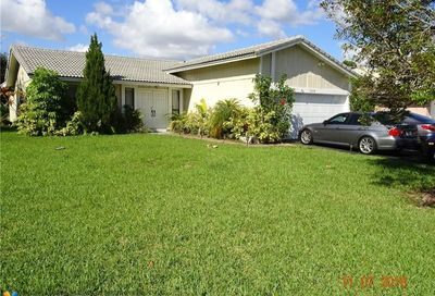3248 NW 122nd Ave Coral Springs FL 33065