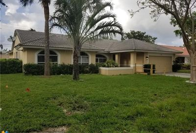 9167 NW 44th Ct Coral Springs FL 33065