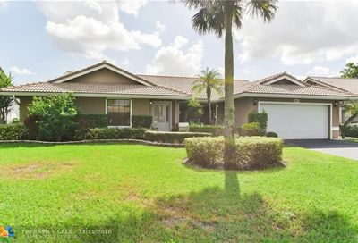 8716 NW 54th St Coral Springs FL 33067