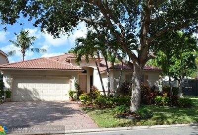 4829 NW 53rd Cir Coconut Creek FL 33073