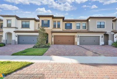 4499 San Fratello Cir Lake Worth FL 33467