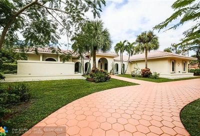 5200 Whisper Dr Coral Springs FL 33067